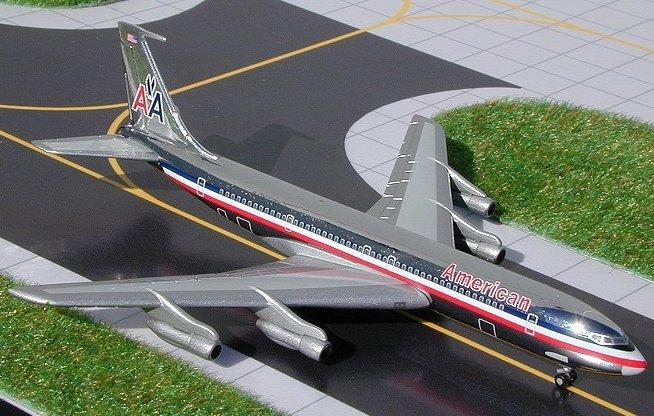 GeminiJets 1:400 American Airlines Boeing 707-320B Chrome AA00002