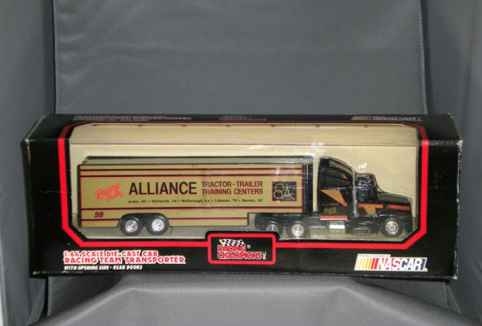 Alliance Tractor Trailer Training Racing Team Transporter Racing Champions 1:64 Die Cast NASCAR