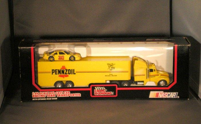 Michael Waltrip #30 Pennzoil Bahari Racing Transporter Racing Champions 1:64 Die Cast NASCAR