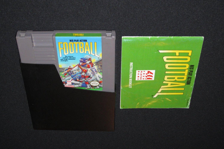 NES Play Action Football (NES)