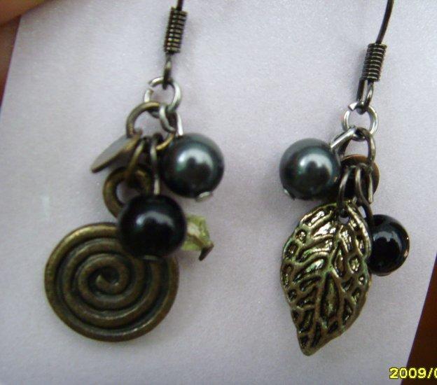 Vintageglam Collection: Shells & Leaves