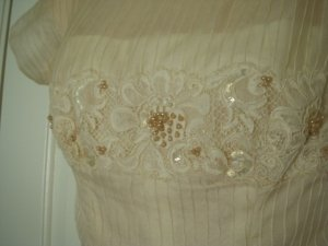 Vintage 1957 Bianchi Cream & Pink Pearl Wedding Dress, Size 4-6