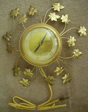 Vintage 1950's United Brass Maple Leaf Wall Clock