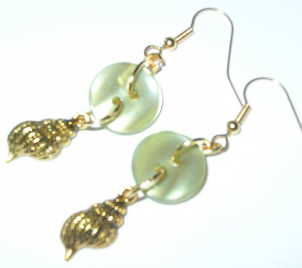 Gold Shell and button earrings