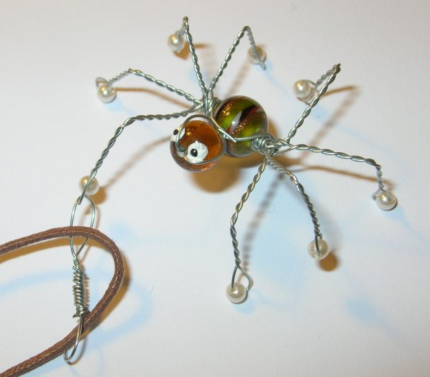 Daddy long legs spider charm necklace