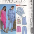 M4847 McCalls Womens Poncho,Top,Tunic,Shorts & Capri Pants