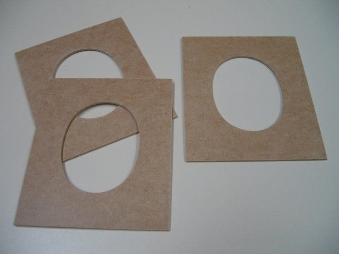 "Picture Frames Oval Shape x 3-MDF-Ready to Paint-Unfinished-6"" x 5"" x 1/8"" (152mm x 127mm x 3mm)"
