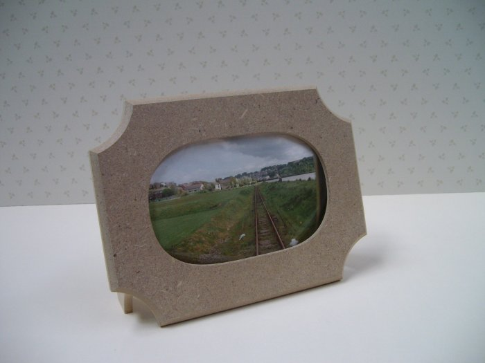 "Unfinished Picture Frames MDF/ Oval/Rebated for Glass/8"" x 6"" x 1/2"" thick  ( 204mm x 154mm x 12mm )"