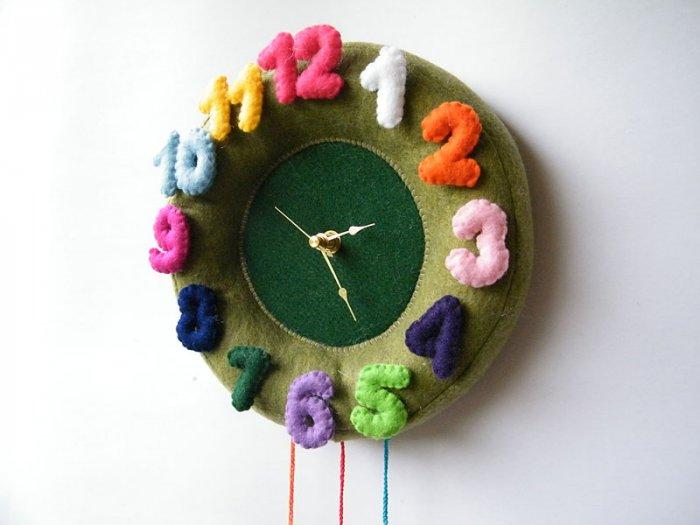 Children Bedroom or Nursery Wall Clock
