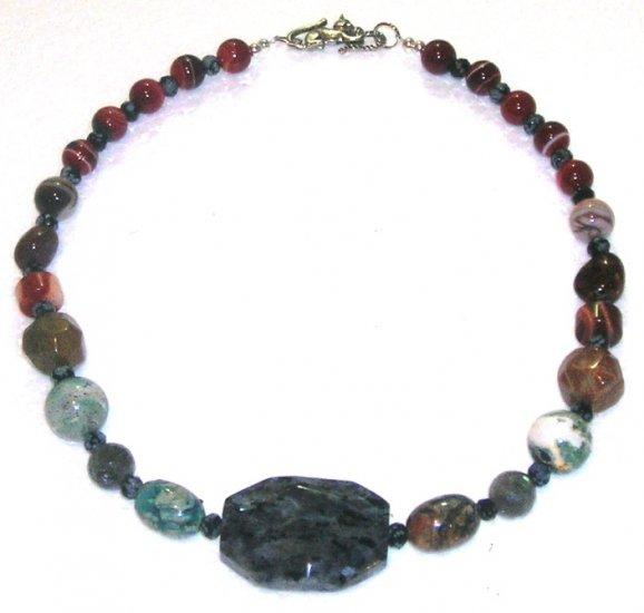 Rockncat Necklace