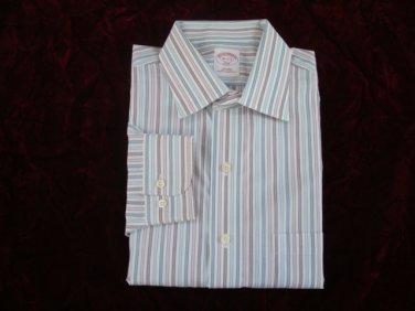 Brooks Brothers Non- Iron Classic Fit Men's Dress Shirt - sz. 16-32/33