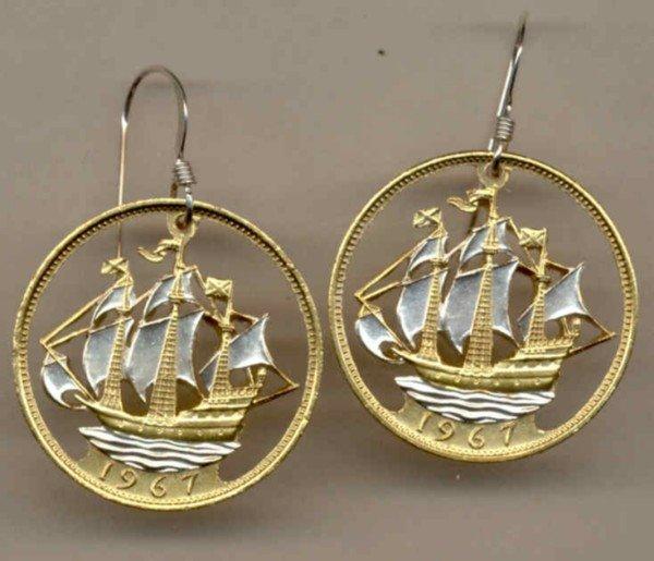 British ½ penny (Old Sailing ship) (U.S. Quarter size)