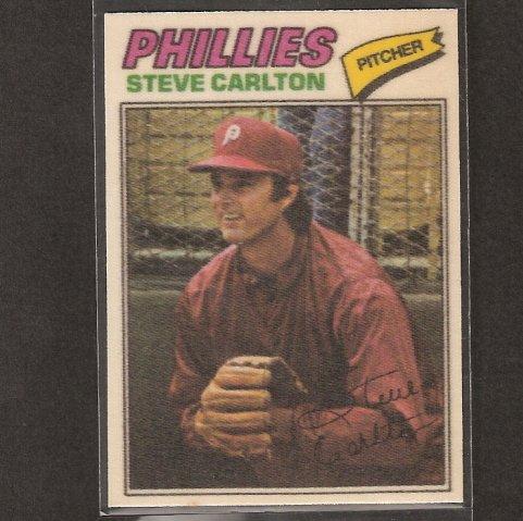 STEVE CARLTON - 1977 Topps CLOTH STICKER - NM-Mint - Philadelphia Phillies