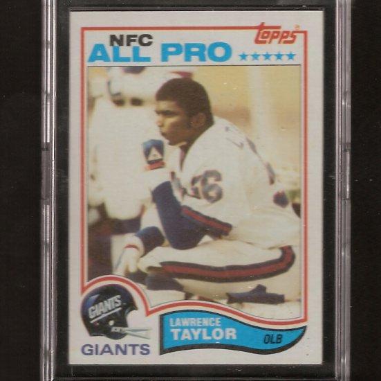 LAWRENCE TAYLOR 1982 Topps RC Near-Mint + NY Giants & NC Tarheels