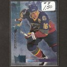 BRETT HULL 1995-96 Fleer Metal International Steel - Blues, Stars, Red Wings