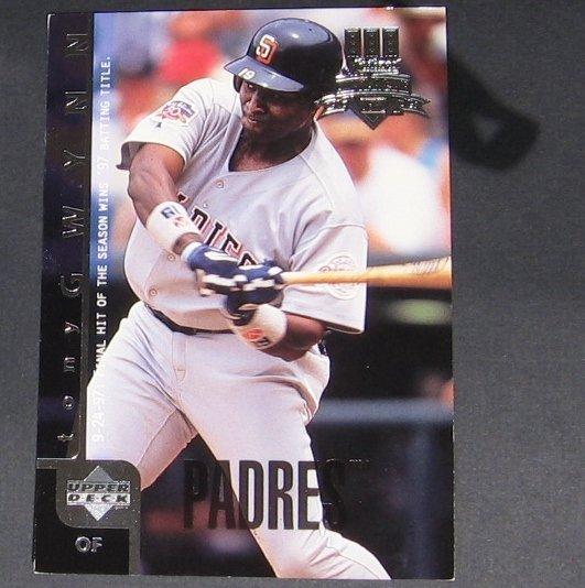 TONY GWYNN - 1998 Upper Deck Blow-Ups - San Diego Padres