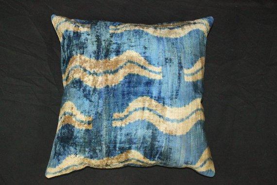 Hand loomed silk Velvet accent pillow B.