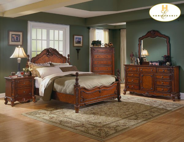 #1385 Old World bedroom 4pc set