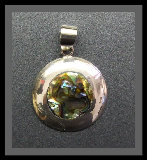 Silver Pendant with Mother Of Pearl