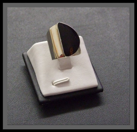 Adjustable Silver Ring with polished Balck stone
