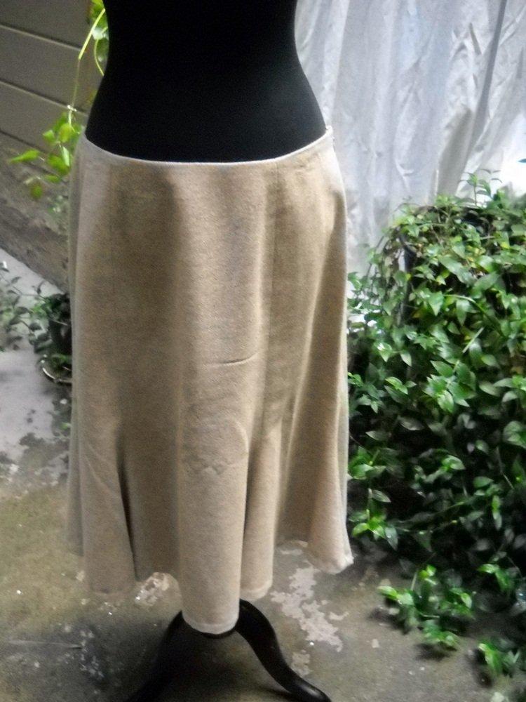 Lauren by Ralph Lauren Lined Gored Flared Wool Skirt - Size 10