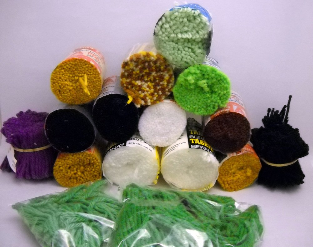 Pre-Cut Rug Yarn - 15 assorted rounds