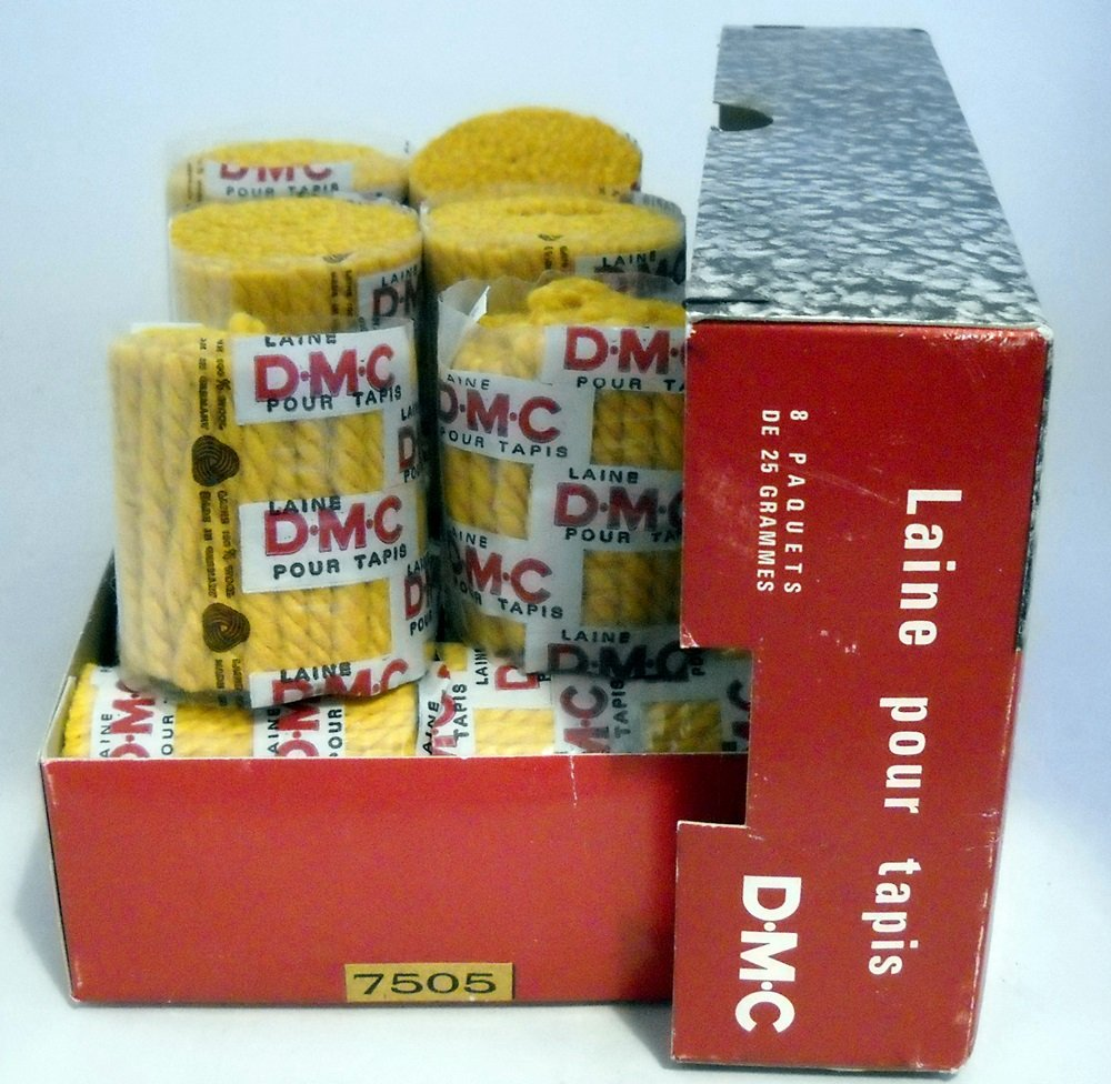DMC Wool Pre-Cut Rug Yarn - 6 rounds + l box (25g) of 8 rounds color 7505 gold, lot 28936
