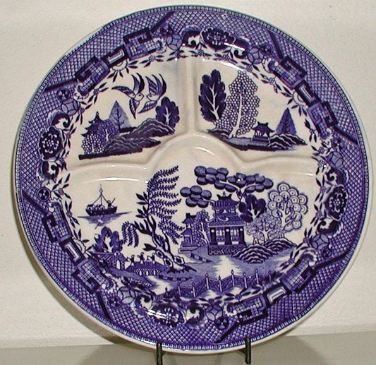 Blue Willow Divided Plate Made In Japan B0016