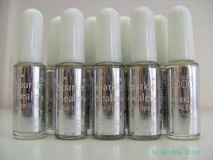12 Sparkle Sealer For Lips