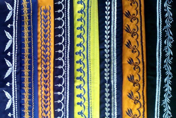 Traditional Kamarkassa with embroidery on both ends (tie with knot)