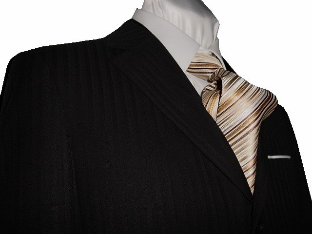 44S Fiorelli 3-Button Men's Suit Black Shadow Stripes with Single Pleated Pants FREE Tie Size 44S