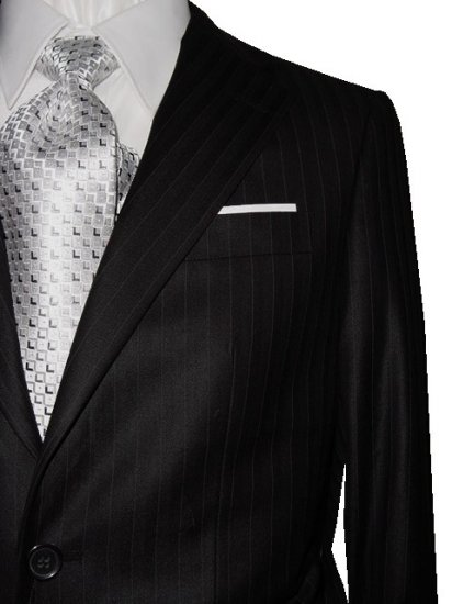 46R Fiorelli 2-Button Men's Suit Black with Gray Pinstripes with Flat Front Pants FREE Tie Size 46R