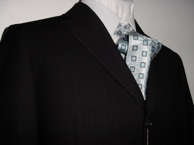 38R Vitarelli 3-Button Men's Suit Textured Black Single Pleated Pants FREE Neck Tie Size 38R