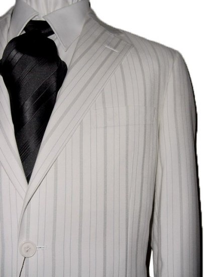 44R Vitarelli 3-Button Men's Suit Off White with Gray Stripes FREE Neck Tie Size 44R