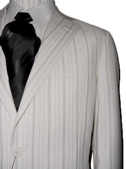 46L Vitarelli 2-Button Men's Suit Off White with Gray Stripes FREE Neck Tie Size 46L