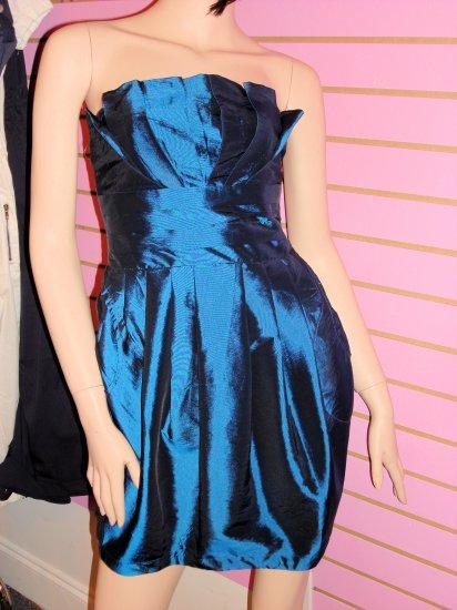 SASSY BLUE TUBE BUBBLE MINI DRESS SIZE MED 6 - 8