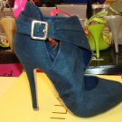 Hot Navy Blue Pump Size 8