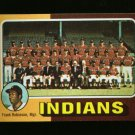 1975 TOPPS MINI #331 INDIANS TEAM ROBINSON NM