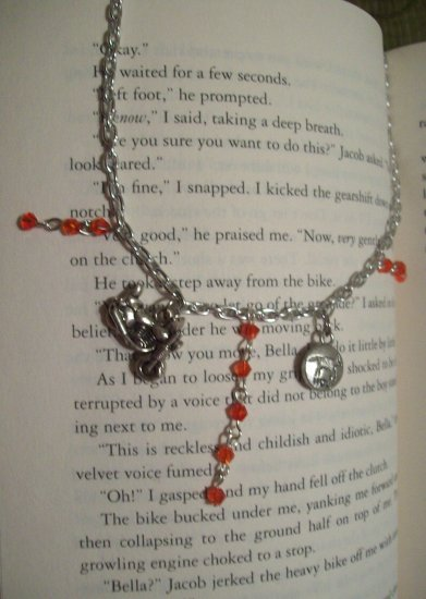 Running with Wolves Twilight Inspired Necklace