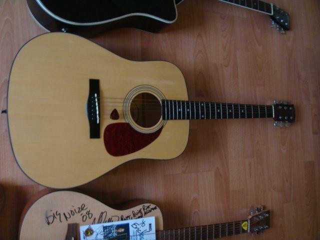 Squier Acoustic Guitar