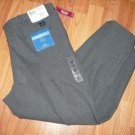 DOCKERS Original Khaki Individual Fit Pleat Pants 44x30