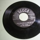 Billy Ward And The Dominoes - I Don't Stand A Ghost Of A Chance - DECCA 30420 -  45 Record