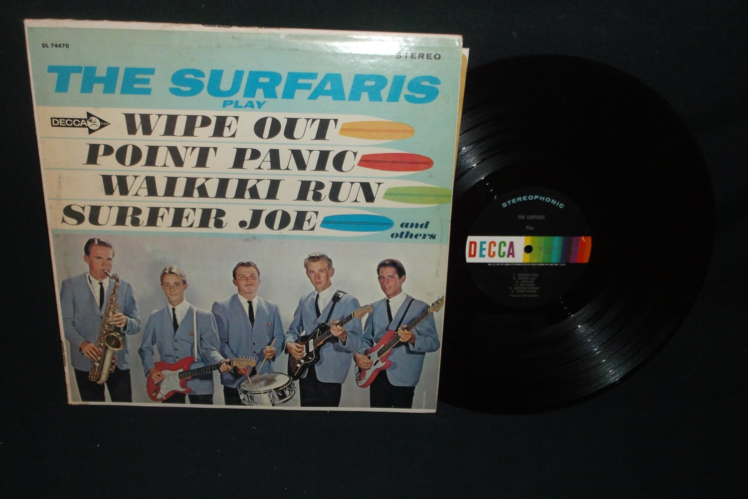 The Surfaris - Play Wipe Out And Others - DECCA 74470 - Rock LP