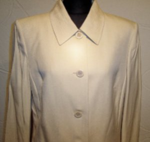 Skirt Suit by Le Suit Size 16