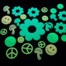 24 Piece Glow in the Dark 60s Pieces