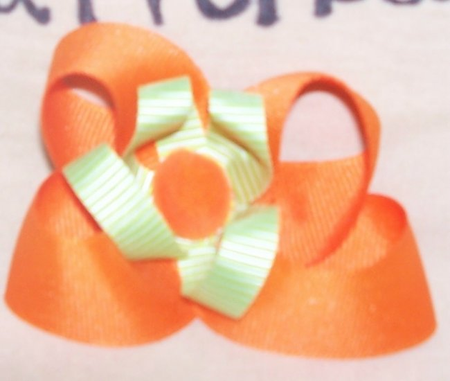 589-24: Halloween Orange bow