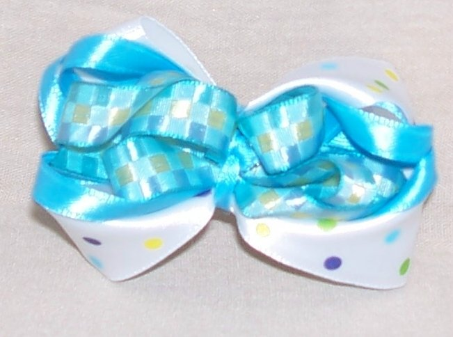 589-39: Girly blue bow