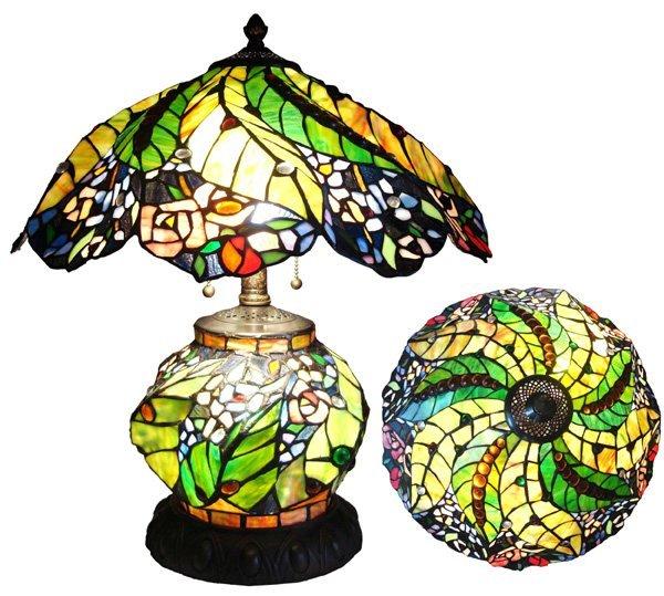 Tiffany Design Flower Ligthed Base Table Lamp