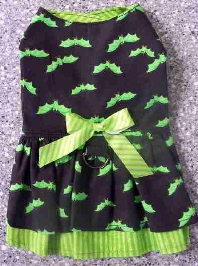 XS LIMEBATS Halloween Dog Dress