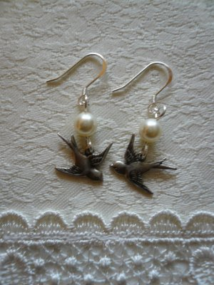 Antique Silver Swallow & Cream White Pearl Earrings